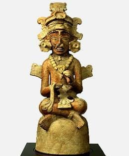 Estatuilla de cerámica maya
