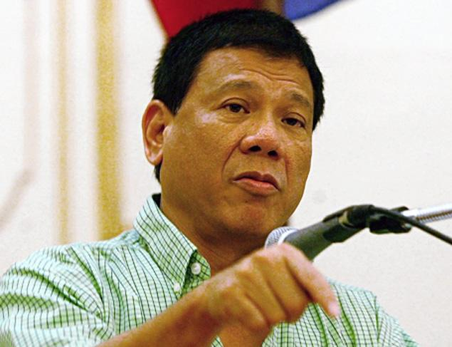 """Presiden Baru Filipina Sebut Gereja Katolik """"Lembaga Paling Munafik"""""""