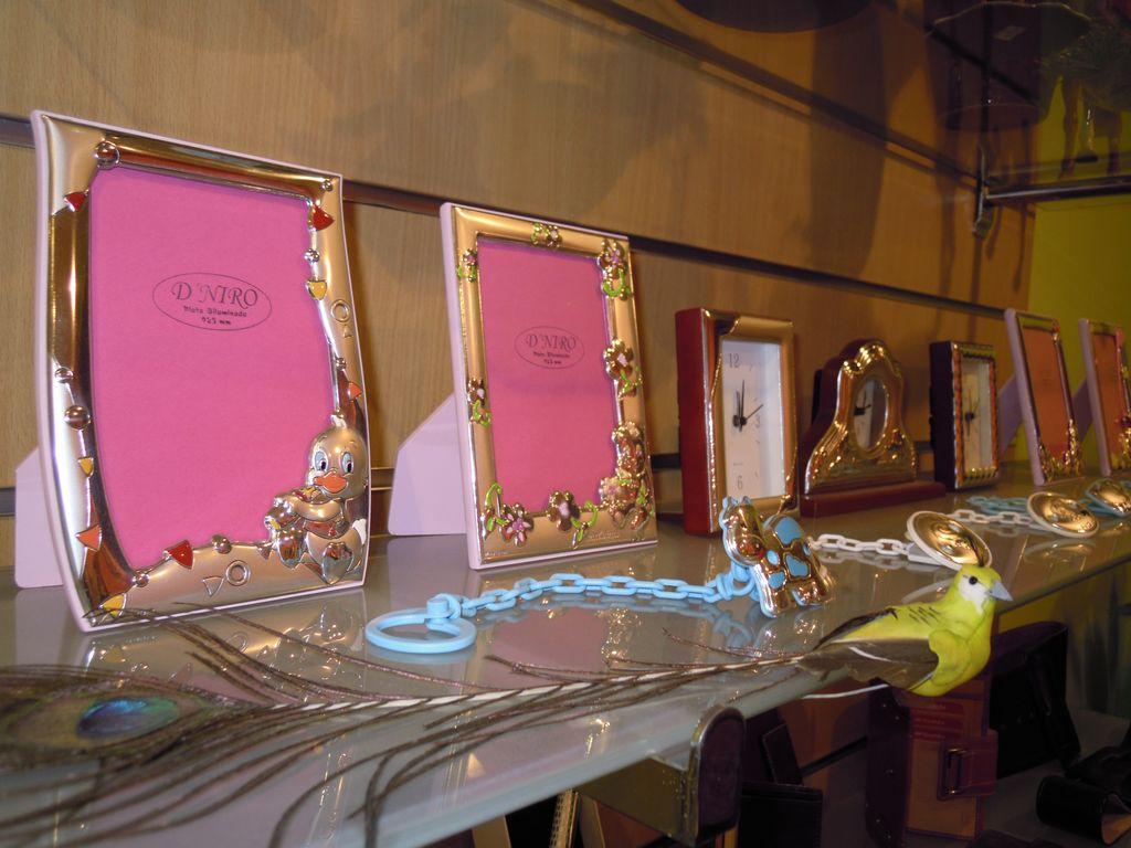 Regalos artesan a y dise o barcelona marcos de plata para fotos regalos originales - Marcos para fotos economicos ...