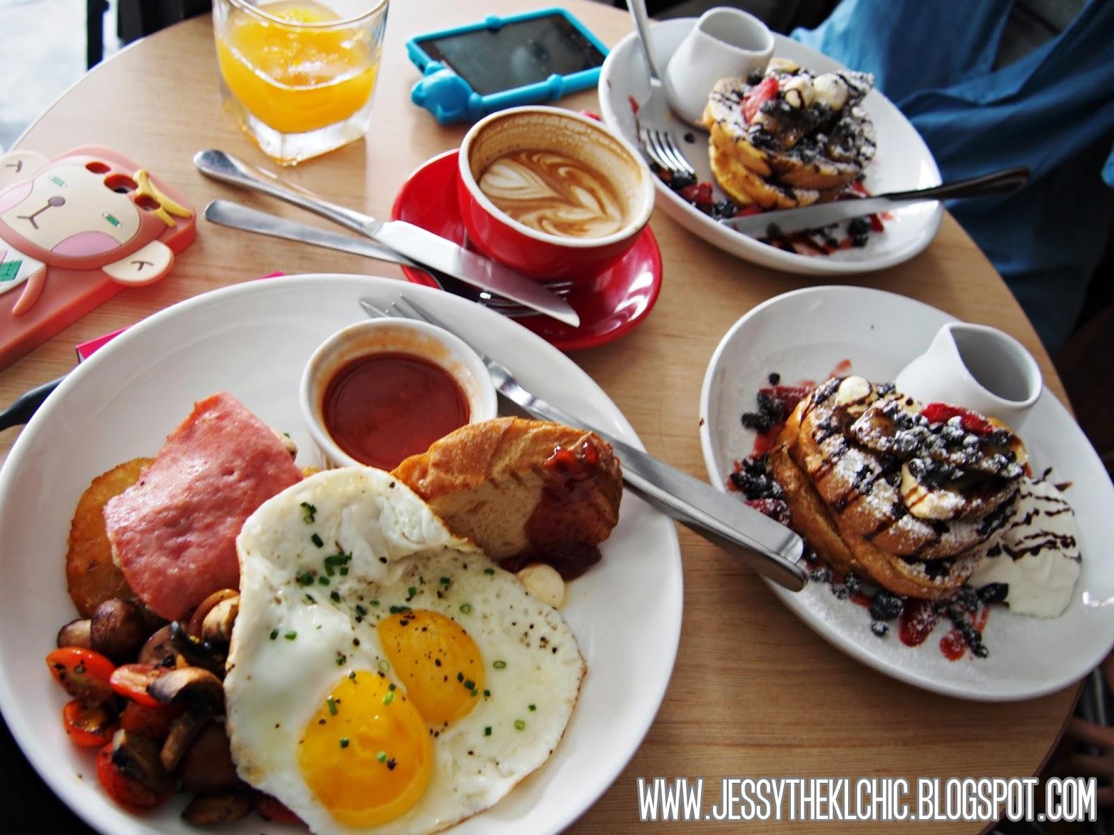 Upstairs Cafe Subang Breakfast