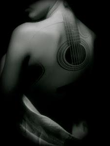 Tocare mi mejor canción sobre el lienzo de tu cuerpo...