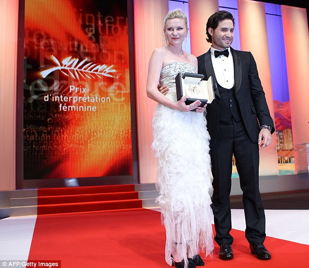 Kirsten Dunst conquers the Cannes Film Festival and takes the best actress award