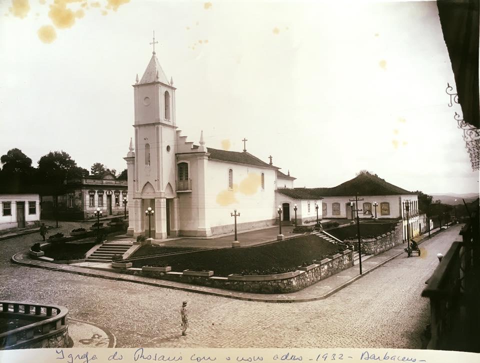 Igreja de N.S. do Rosário de Barbacena, antigo adro em 1932