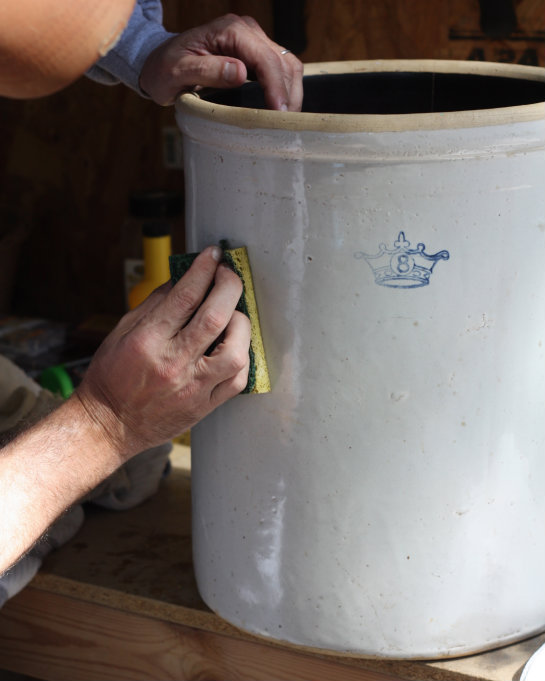 Estate Finds Our 8 Gallon Blue Crown Stoneware Crock 17