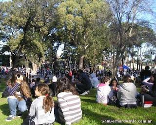 Plaza del Sol y la Familia