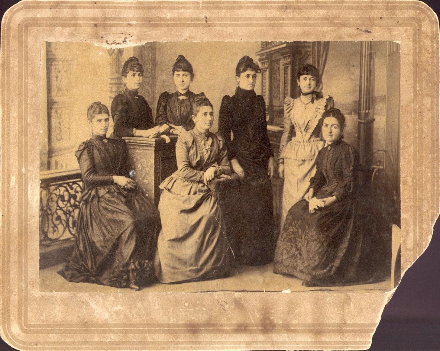 Η Πόντια γυναίκα στη λαογραφία και στην ιστορία του Πόντου