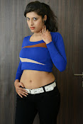 Liza reddy latest sizzling pics-thumbnail-13