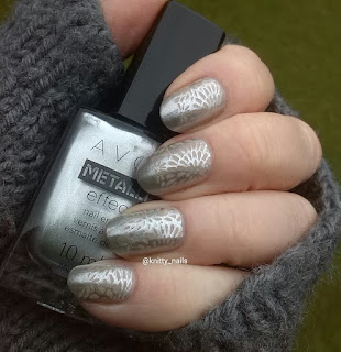 Avon Platinum Petal and Messy Mansion MM49