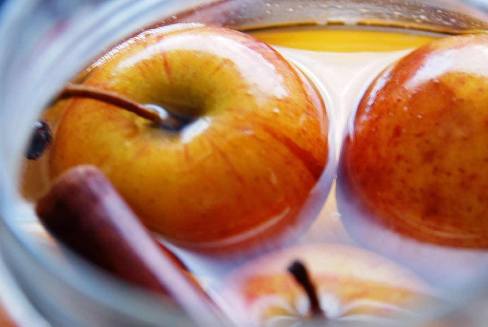Znalezione obrazy dla zapytania kiszone jablko