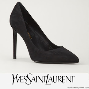 Princess Sofia Style YVES SAINT LAURENT Paris pumps