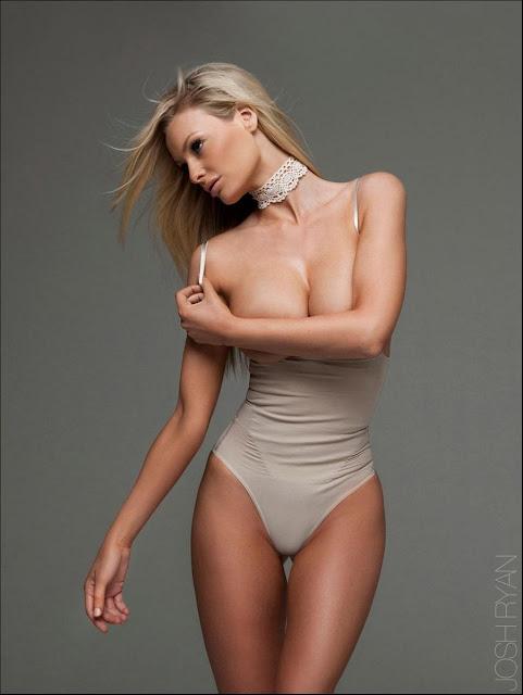 Australian Model Sophie Turner