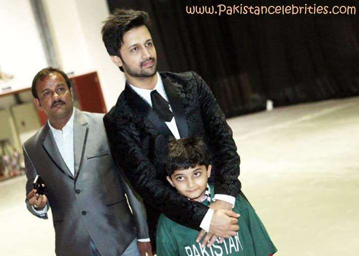 pakistan celebrities atif aslam pakistani rock star latest pictures