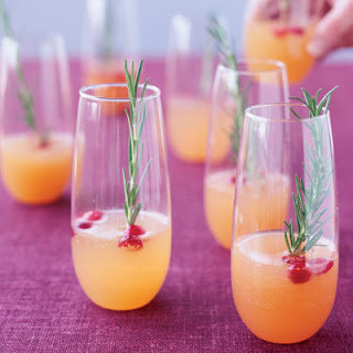Sparkling Pear and Cranberry Cocktails