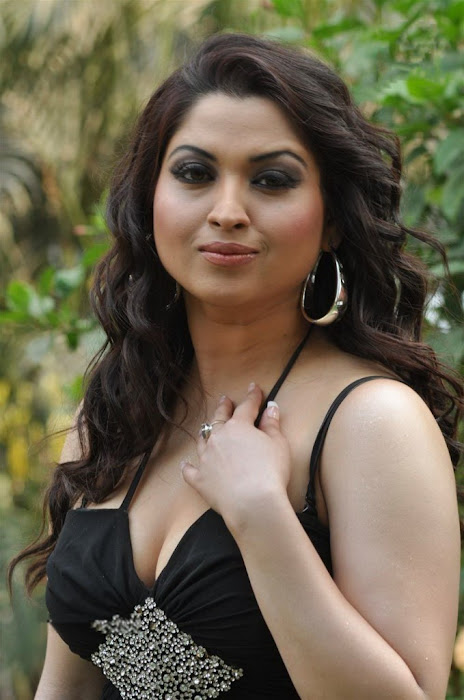 misti mukherjee actress pics