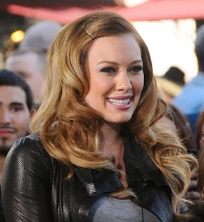 2011 Long Wavy Hairstyle Ideas for Women