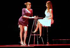 """Cristina Alcázar y Ursula Corberó en la obra teatral """"Perversiones sexuales en Chicago"""""""