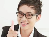 Thầy Nguyễn Hoàng Khắc Hiếu