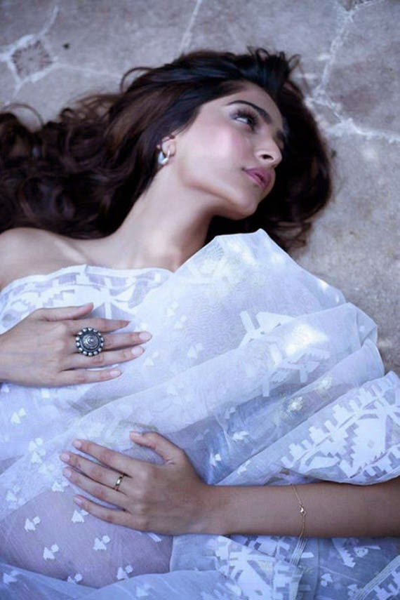 sonam kapoor hot nude hd wallpapers