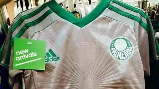 Suposta nova terceira camisa do Palmeiras vaza na internet
