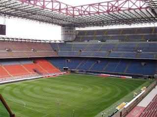 El estadio de San Siro tendrá césped sintético