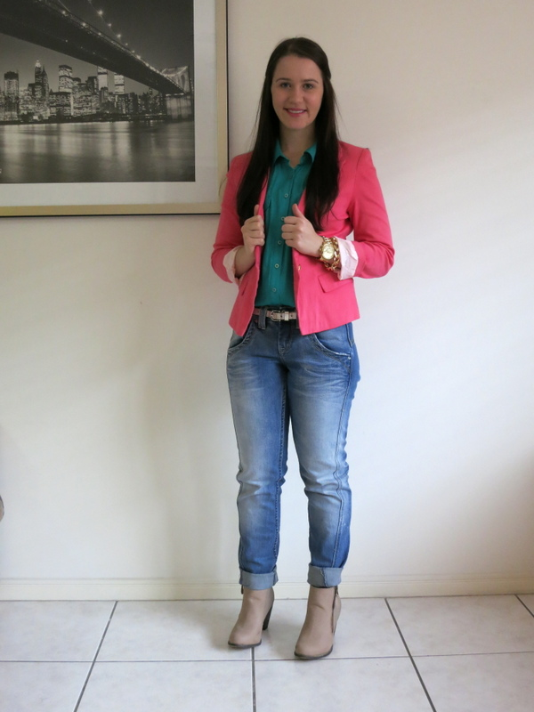 Boyfriend jeans, jewel green shirt, coral blazer, neutral booties and gold jewellery.