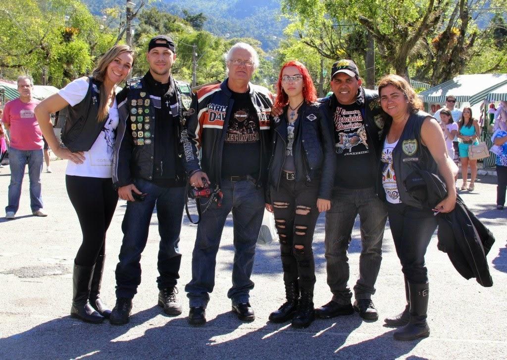 Grupo de motociclistas de Nova Iguaçu ouve os sons de origem africana e indígena