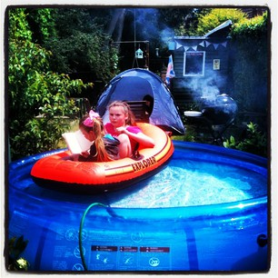 The syders how does your garden grow for Garden paddling pools