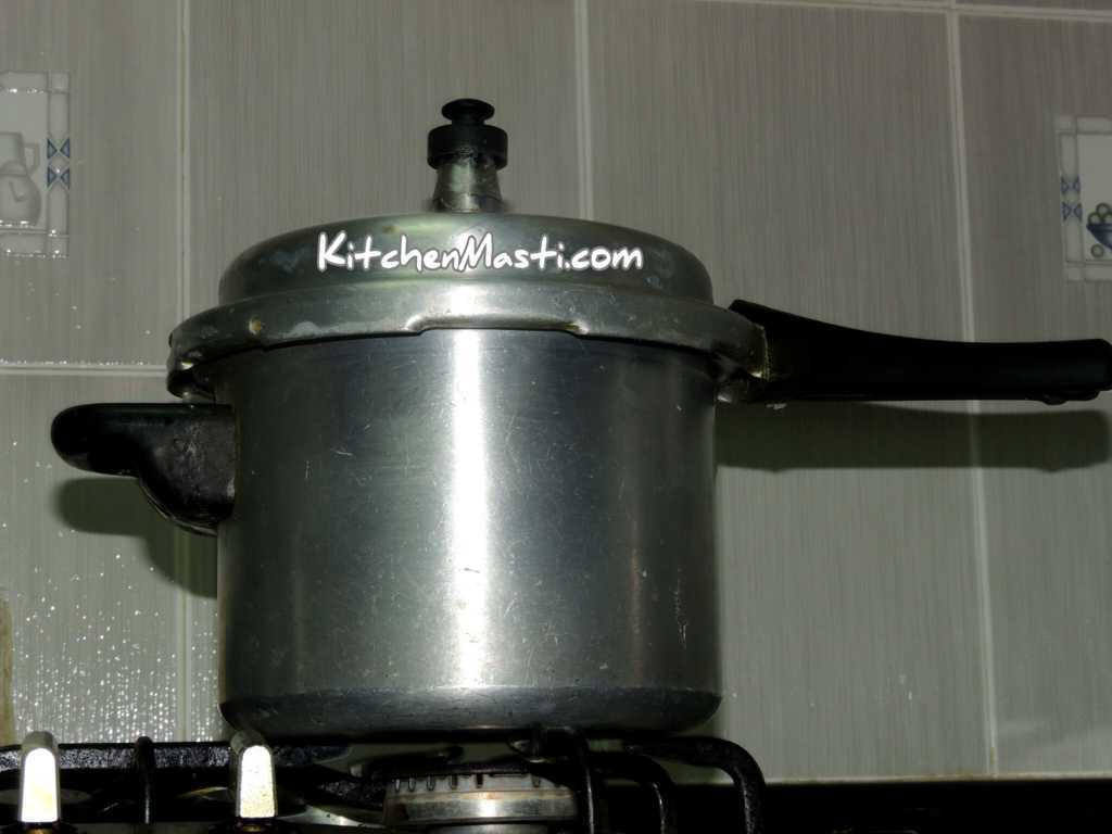 Method To Cook Rice In Pressure Cooker