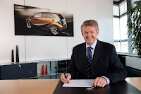 Dr Thomas Weber Mercedes-Benz Cars Research and Development