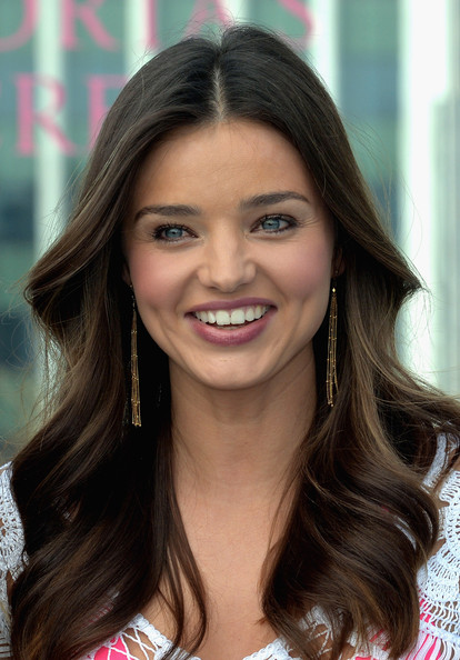 Celebrity lookups australian supermodel miranda kerr starting at chaays modelling agency and soon after winning a 1997 australian nationwide model search hosted by dolly magazine and impulse fragrances thecheapjerseys Image collections