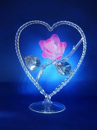 glassbloggery glass rose to go inside a heart for valentine 39 s day. Black Bedroom Furniture Sets. Home Design Ideas