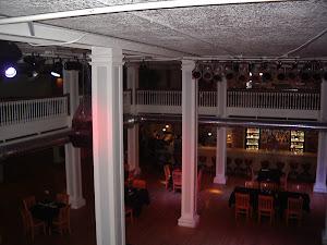 mezzanine balcony V.I.P. veiw