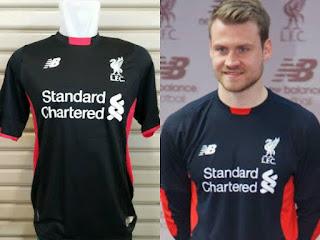 jual online baju bola musim depan Jersey GK Keeper Liverpool home warna hitam terbaru musim 2015/2016 di enkosa sport toko online terlengkap