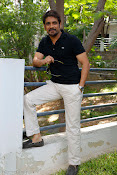 King Akkineni Nagarjuna's latest Handsome Photos Stills-thumbnail-7