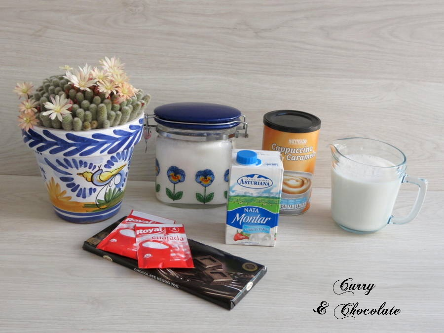 Ingredientes capa chocolate negro y capuccino