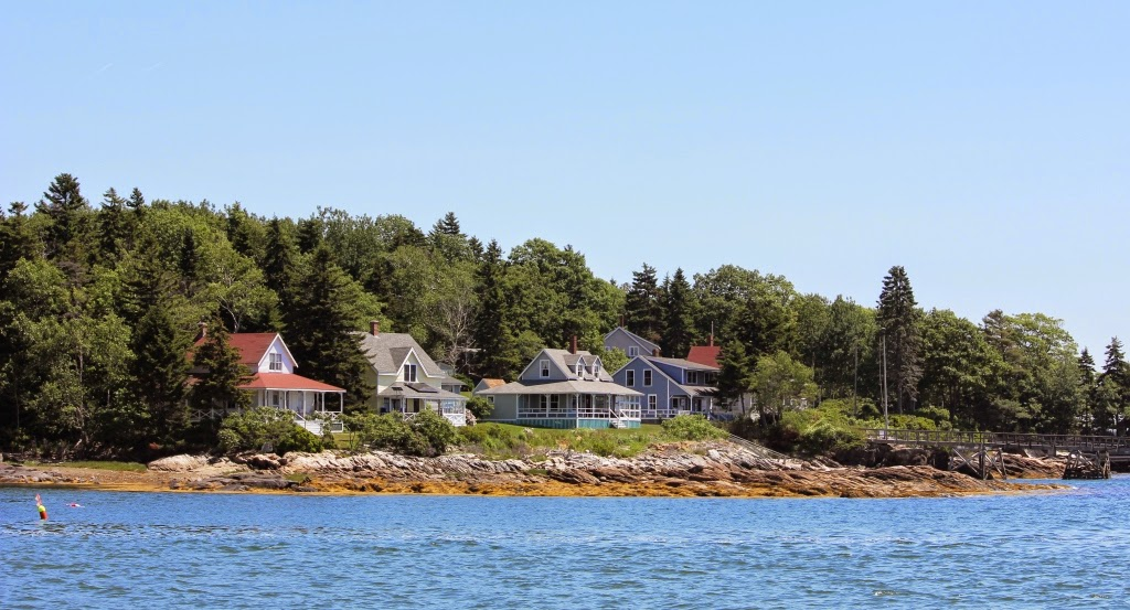 Bustin's Island cottages