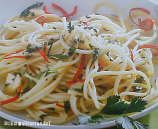 Espaguetis aglio e olio 