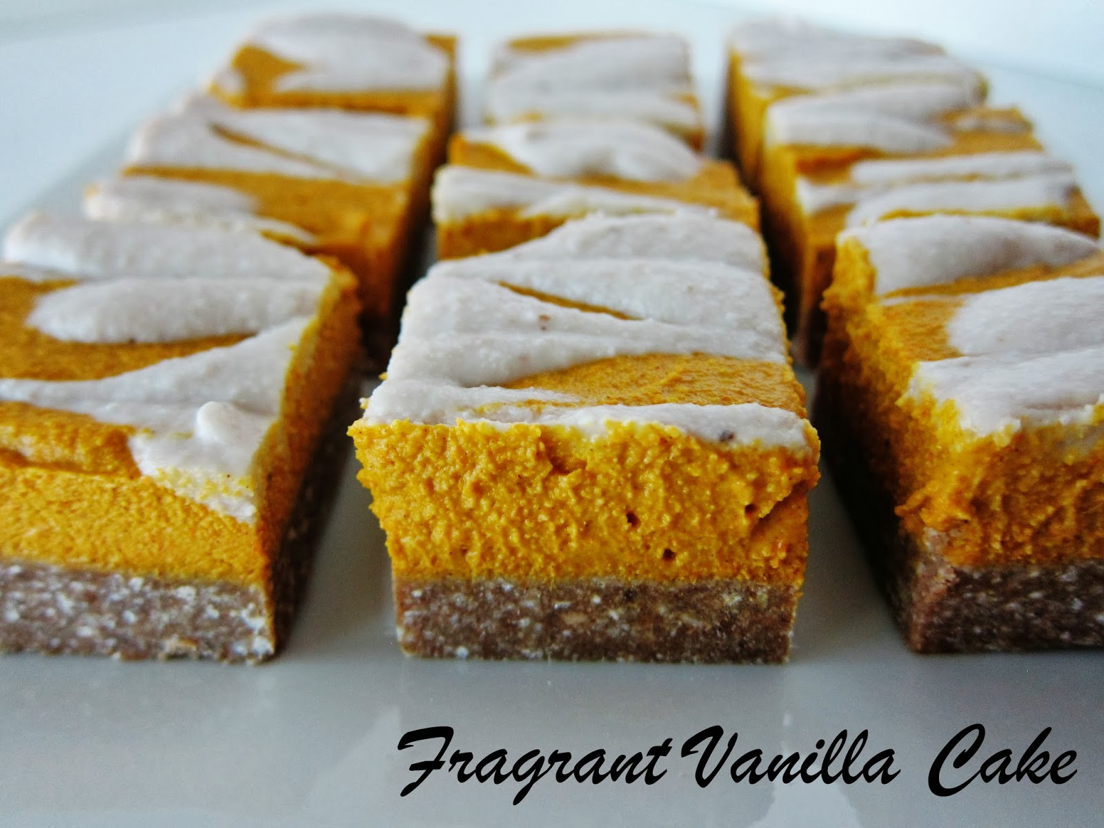 Raw Pumpkin Cheesecake Bars with Gingerbread Crust