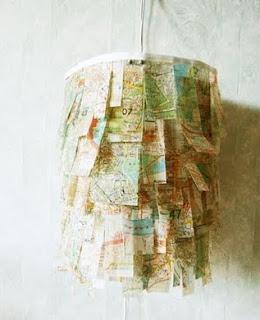 Luminária com mapa