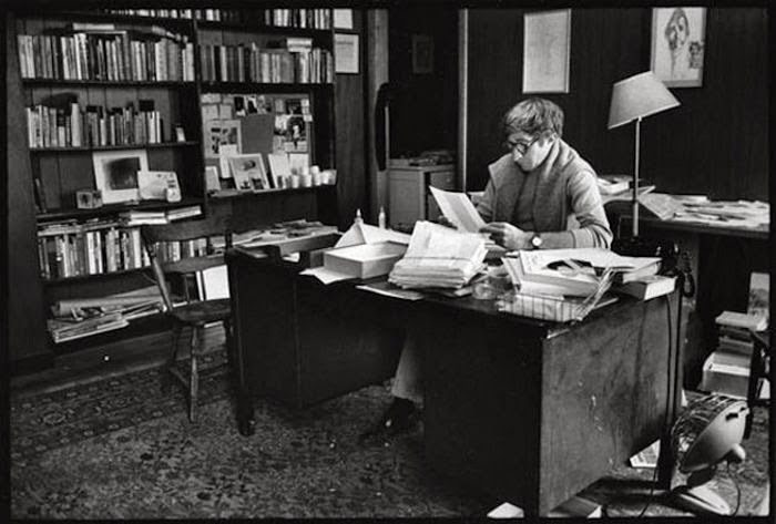 Workspaces Of The Greatest Artists Of The World (38 Pictures) - John Updike, writer