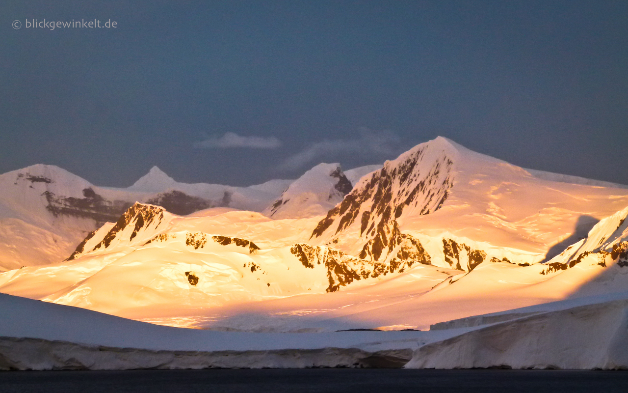 Antarktischer Sonnenuntergang, Gerlache Straight