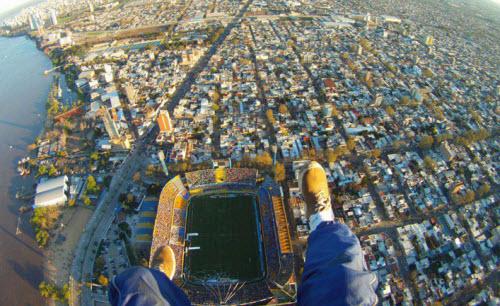 Vista aérea de la ciudad de Rosario y el Gigante de Arroyito