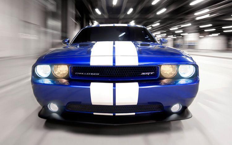 Face-Auto: 2011 Dodge Challenger STR8 392 Inaugural Edition