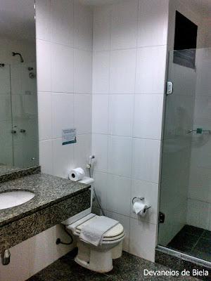 Suíte Luxo Hotel Slaviero Suítes Curitiba - banheiro
