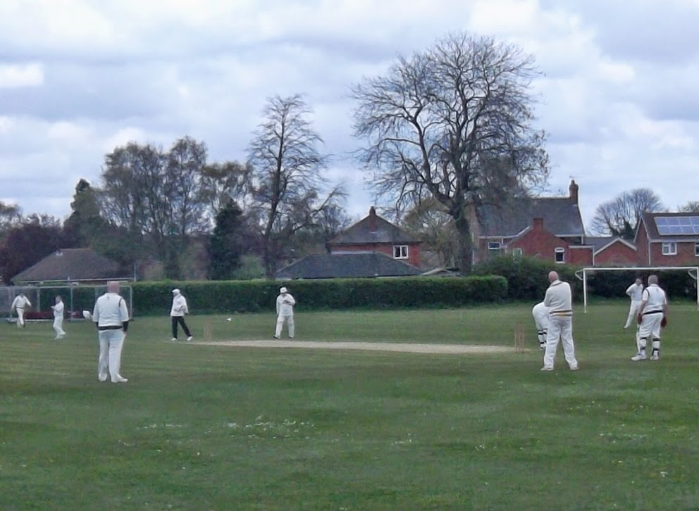 The early stages of the match between Broughton 2nds (batting) and Brigg Town in division four of the Lincolnshire County Cricket League - picture 2 on Nigel Fisher's Brigg Blog