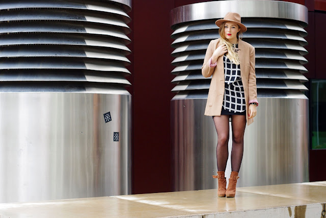 ax paris, zara hat, checked, brown blazer, H&M, cubus lion necklace, blogger, german blogger, deutsche blogger, modeblogger, Hamburg, trend 2013,