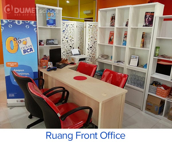 Ruang front office DUMET School