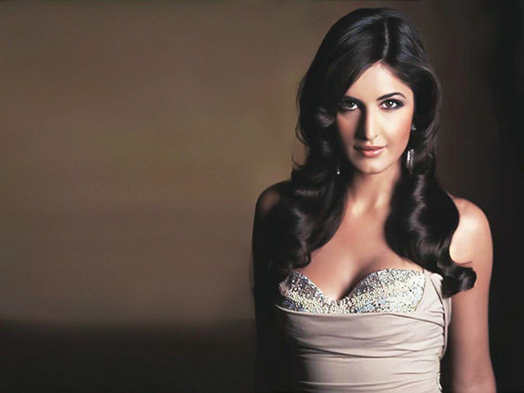 Indian Beauties: Katrina kaif decent and hot photos with ...