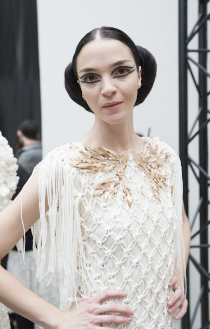mariacarla-boscono-chanel-couture-show-croissant-hairstyle-sam-mcknight-coolchicstylefashion