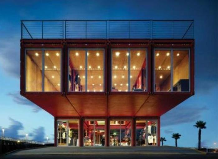 las mejores creaciones de casas hechas con contenedores martimos increble
